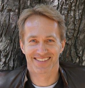 Dr. Henrik Jungaberle
