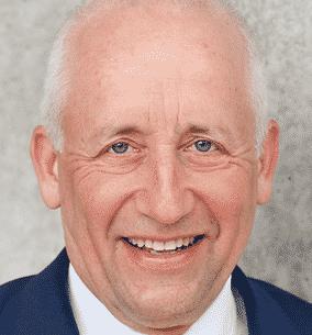 Dr. Wieland Schinnenburg